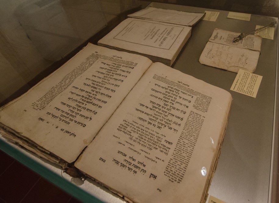 Foto sezione ebraica 3 (Copia)